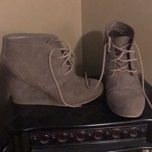 e96412b481986 Women s Boots At Jcpenney on Poshmark